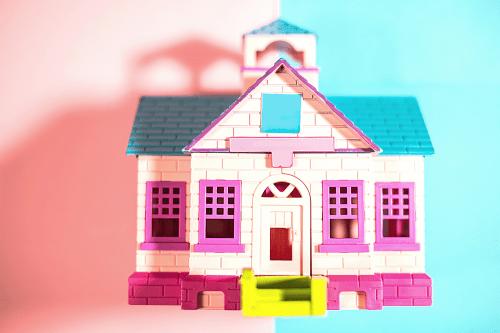 manifest a house